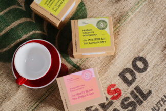 Filiżanka Loveramics 300 ml, 2 x herbata 100 g, brazylijska kawa rozpuszczalna 100 g