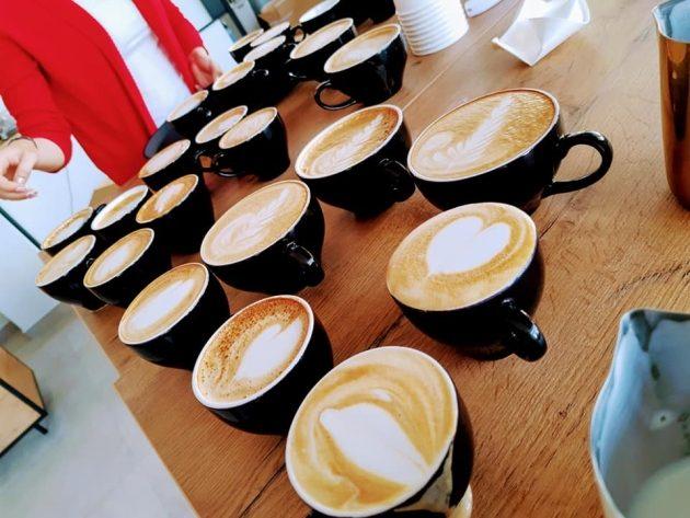 kawy z pianka kawy