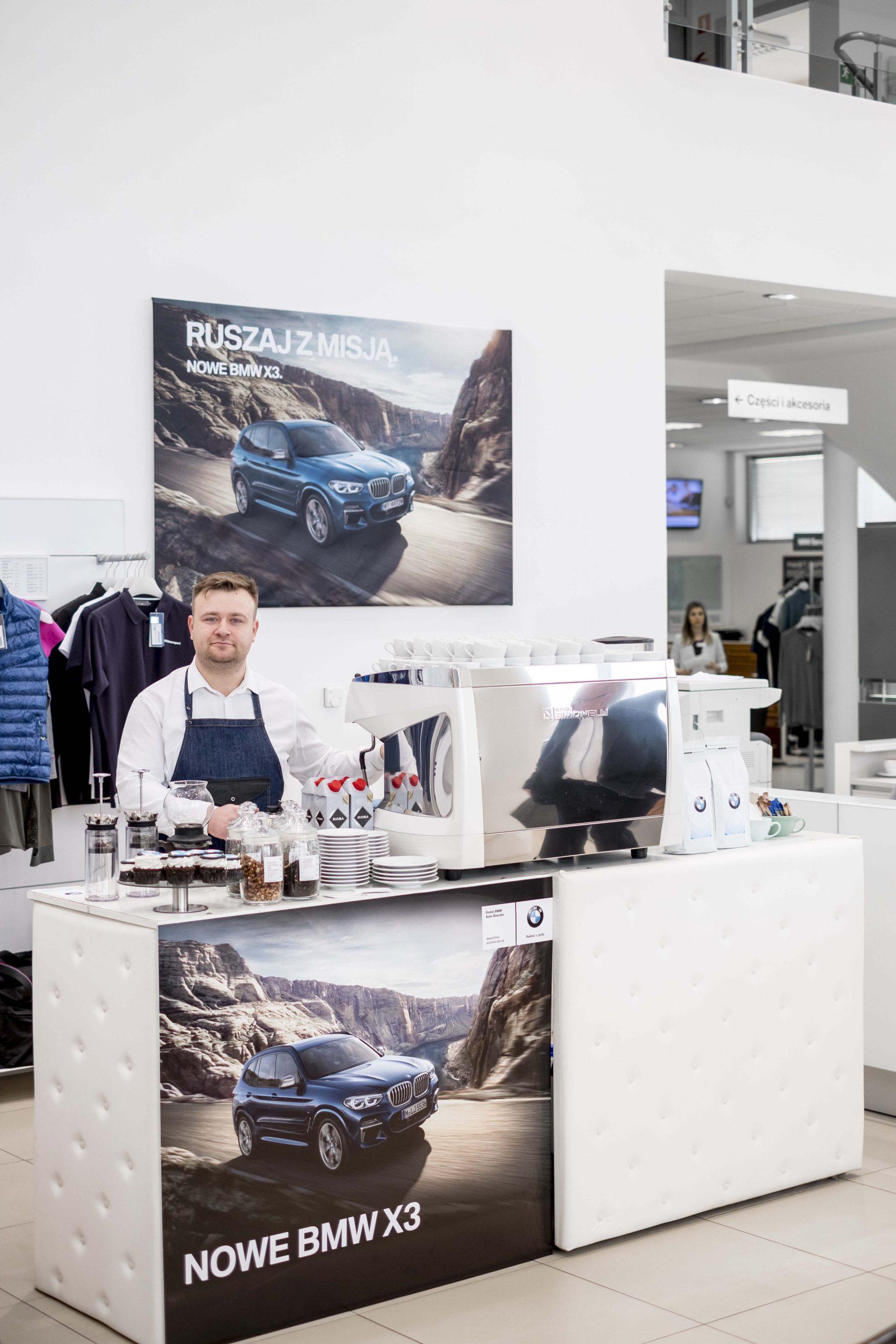mobilny bar na event firmowy BMW